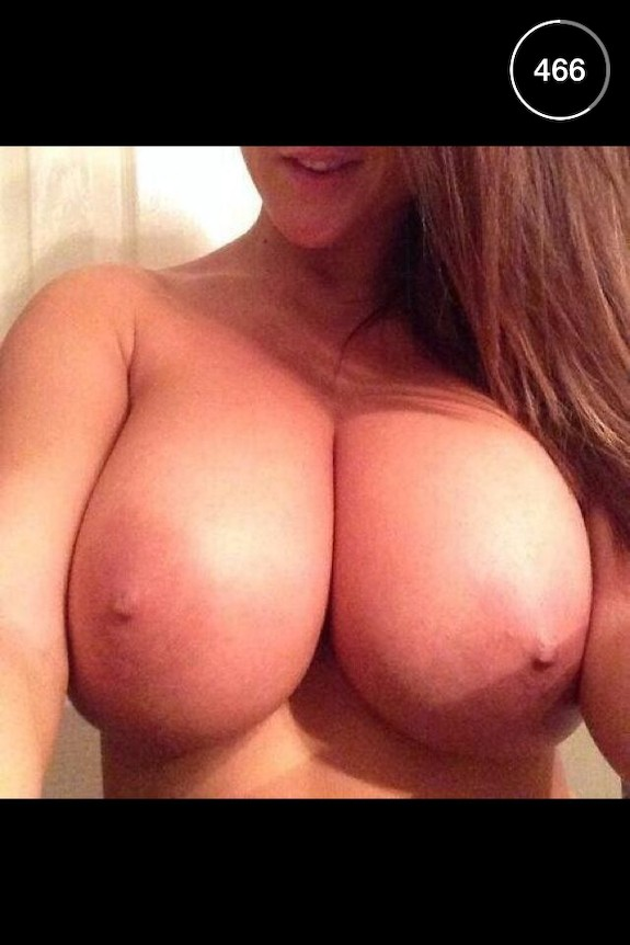 Nude Teen Pictures: Hot college girl snaps