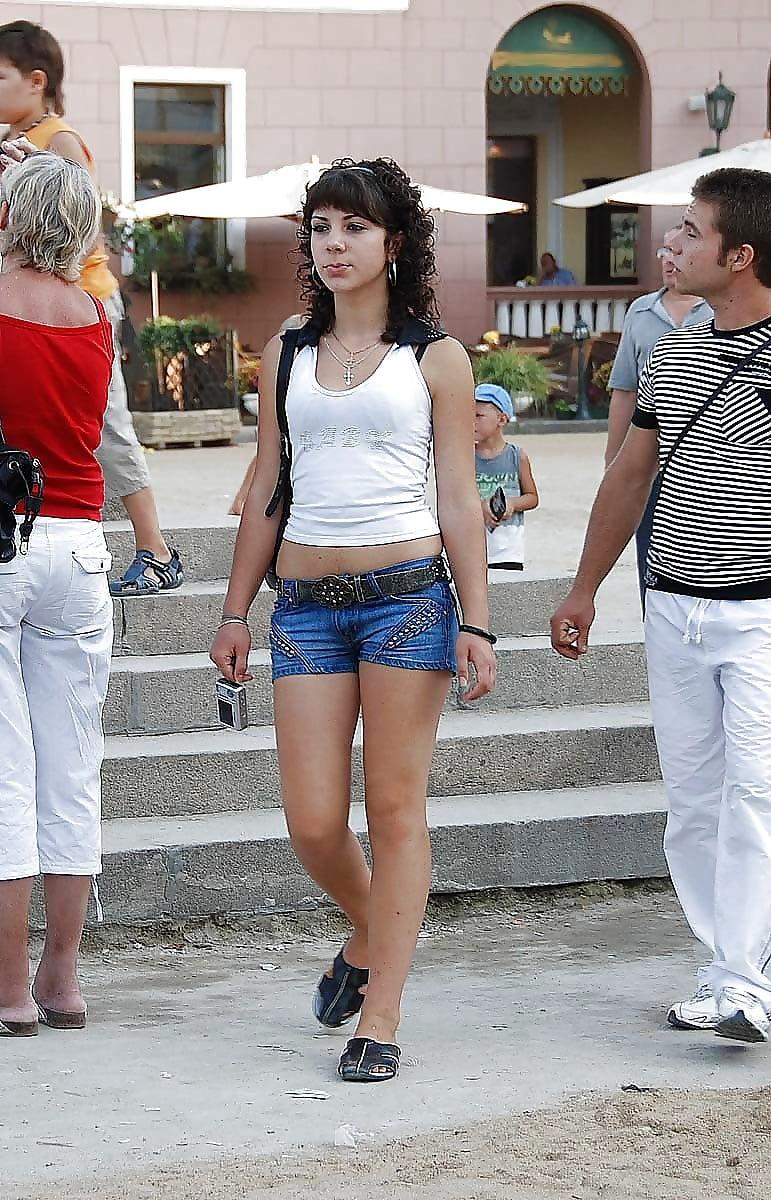Nude Teen Pictures: candid wonderful german teens on street 10